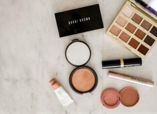 kosmetyki, kosmetyki do makijażu, kosmetyki kolorowe, podkład, tusz, korektor