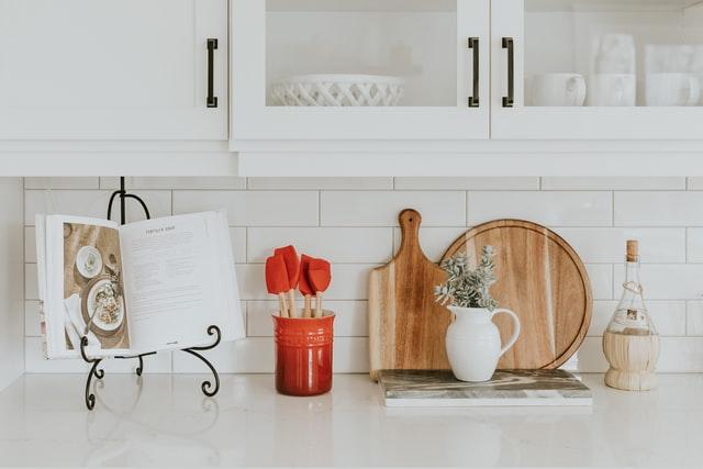 mała kuchnia, jak urządzić małą kuchnię, aranżacja małej kuchni, remont kuchni, kuchnia